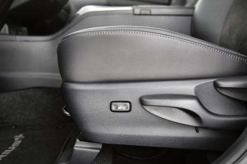TOYOTA Grand Prius+ 1.8 CVT Dynamic+ - Metalic colour