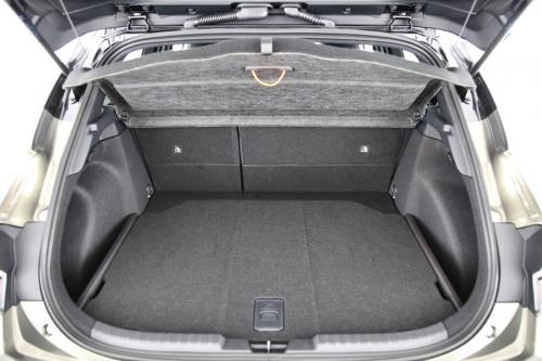 TOYOTA Corolla Hatchback 2.0 Hybrid E CVT Premium