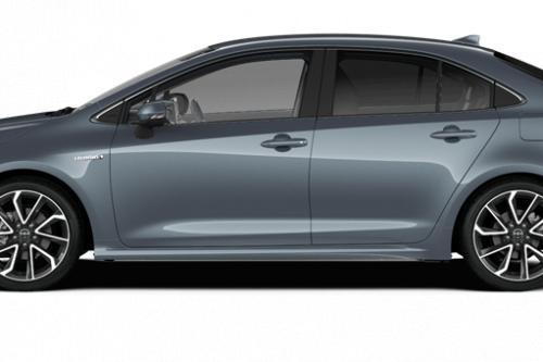 TOYOTA Corolla Berline 1.8 Hybrid e-CVT Premium + Toebehoren